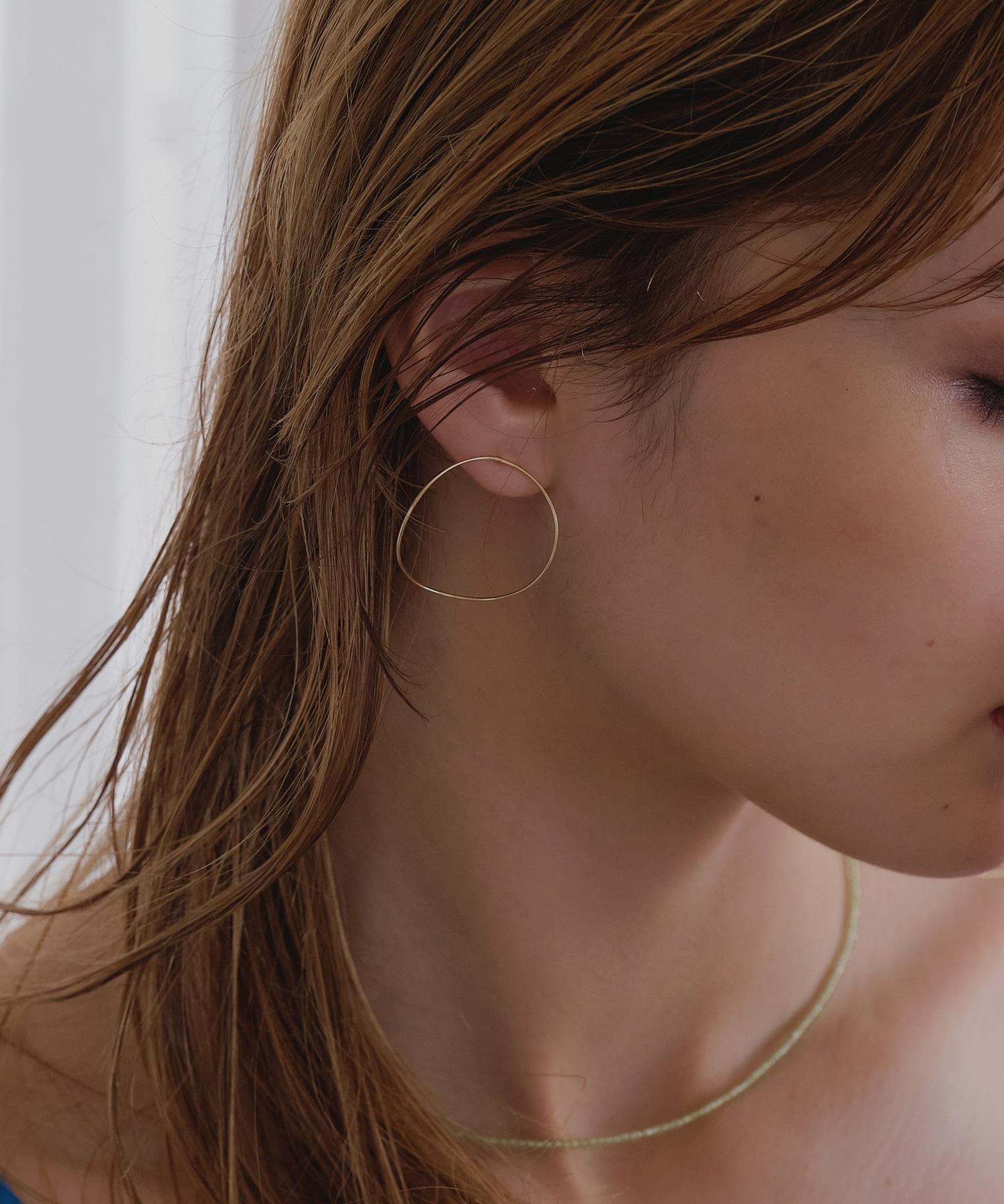 curvy circleピアス