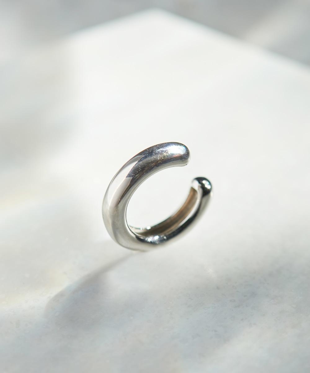 stylish silver hoopイヤーカフ