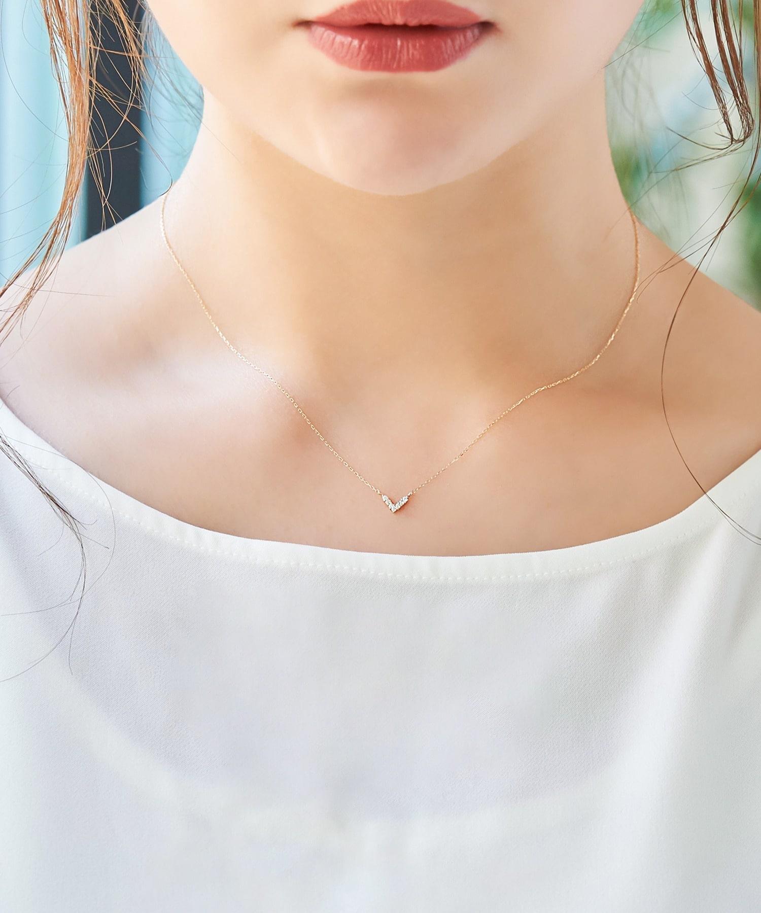 【K10】Vラインダイヤモンドネックレス