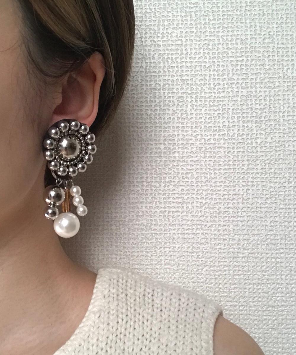 【amplis】shu pearl flower イヤリング ブラウン