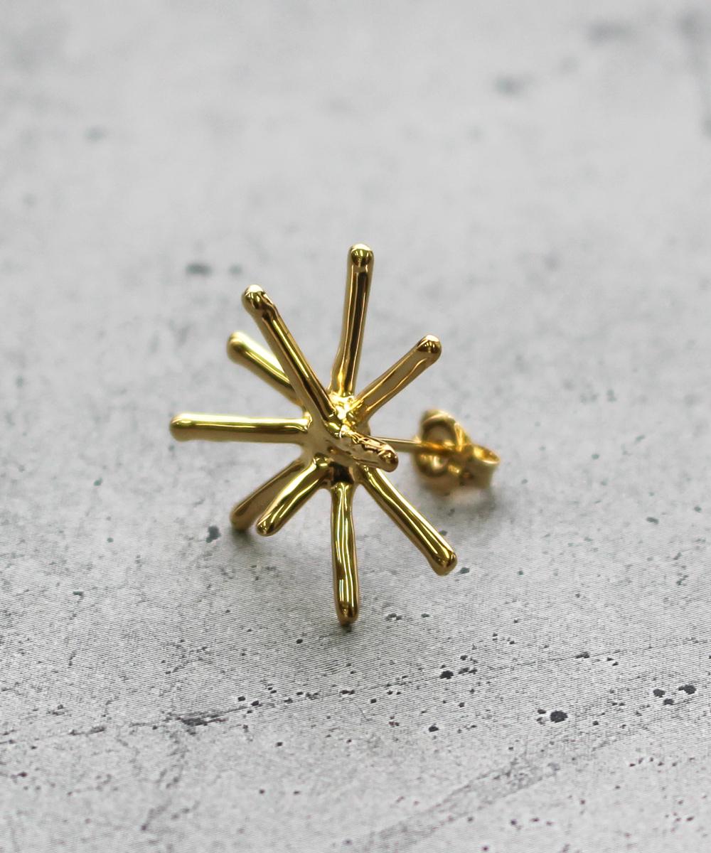 【予約】【片耳】spark Sピアス gold